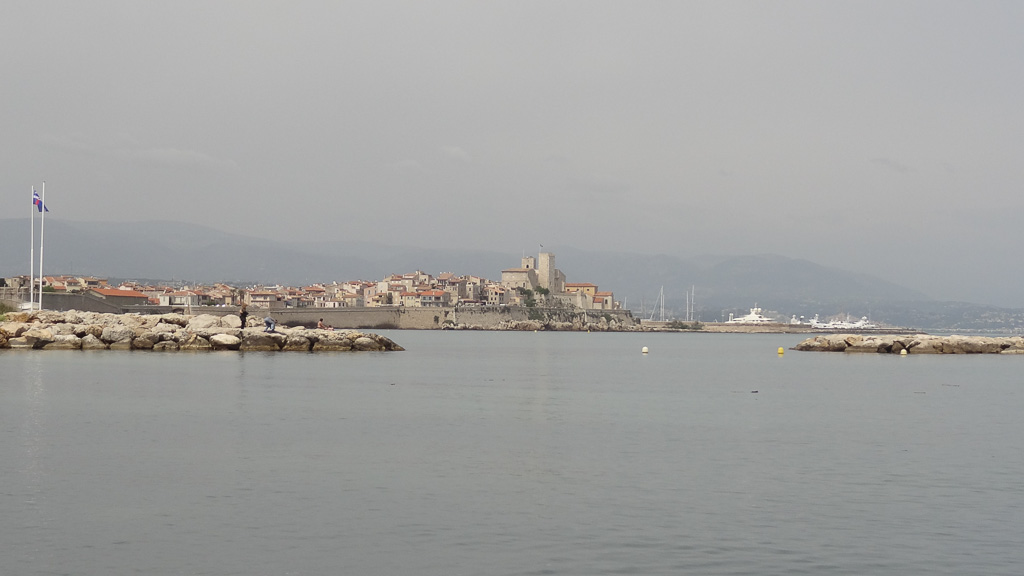 Brace Yourselves Summer Is Coming: Brace Yourself, Summer In Antibes Is Coming!